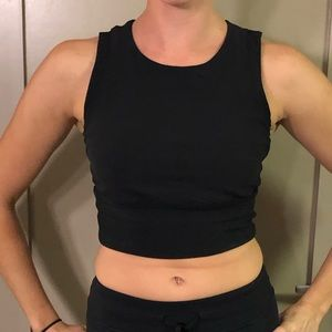 Women's Lululemon Black Crop Top 10